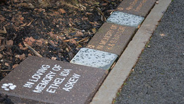 In memory messages on a memory path